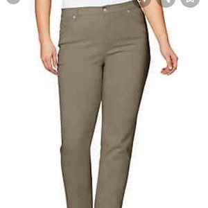 Gloria Vanderbilt women's Amanda Latte color jeans
